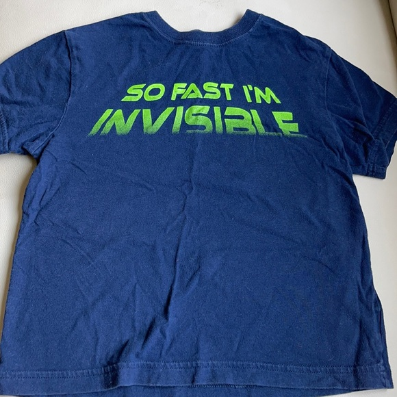 Boys Size XS(4) Childrens Place Tee